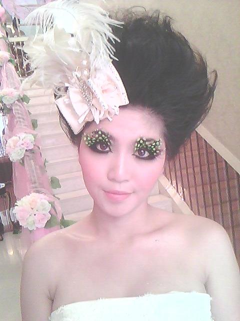 创意t台秀造型 中国风创意妆面t台秀 创意t台秀图片