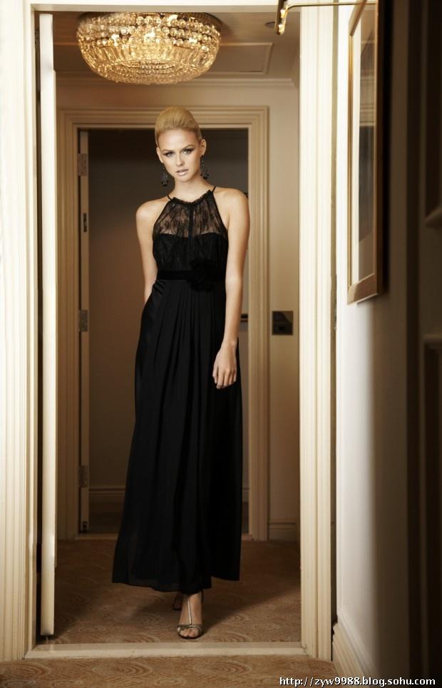 都流露出一流典型的欧式风格,一种关于终极女人味的职业女性新着装
