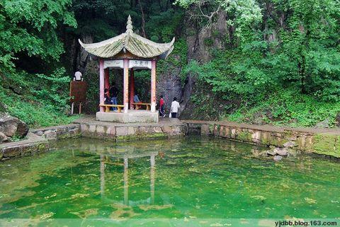 首页 旅游频道 攻略 凤阳狼巷迷谷风景区位于凤阳县城东南30公里处