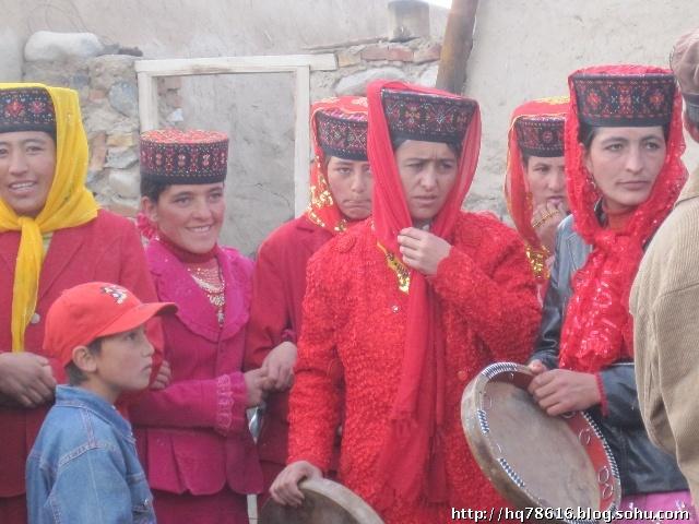 新疆旅游包车 帕米尔高原上的节日-塔吉克族的婚礼