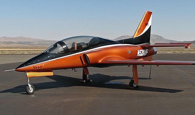 当时兄弟俩正在设计一种使用大陆发动机的涵道推进式飞机,代号viperfa