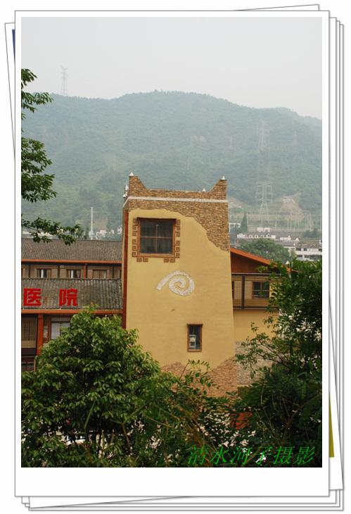 区和三江生态旅游风景区,是阿坝藏族羌族自治州进入成都平原的南大门.