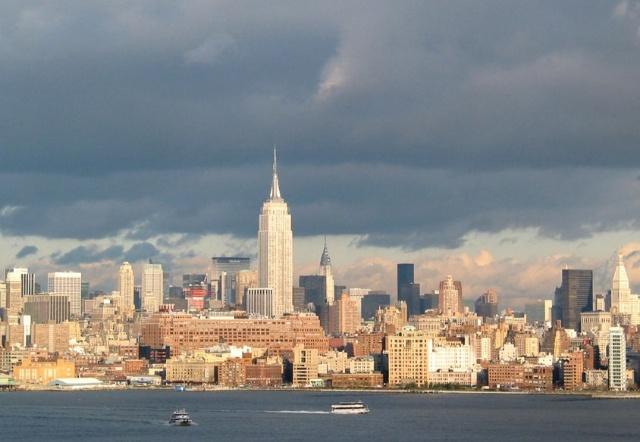 纽约自由塔高空电梯照片