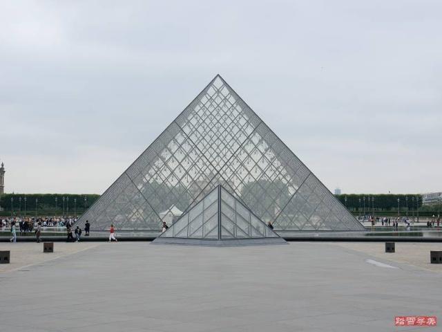 金字塔雨棚设计