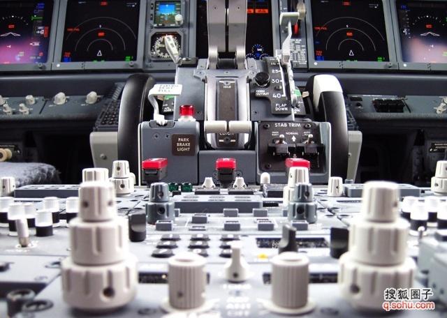 波音737飞行操作手册