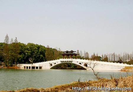 武汉东湖的落雁岛