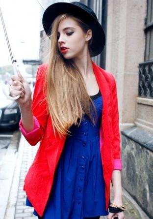 2012冬装流行趋势 红色外套搭配正当时