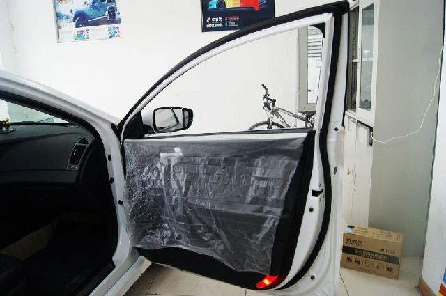 索纳塔八车身用不用贴膜图 索纳塔8车身重量 索纳塔八车身高清图片