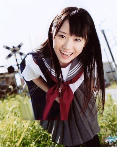双马尾,齐刘海,最可爱的日系学生妹形象.