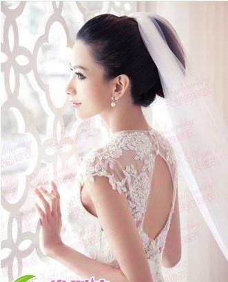 典雅新娘盘发-浪漫新娘发型 打造优雅新娘图片
