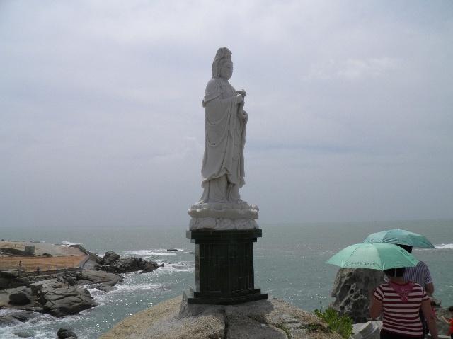 南海岛屿诸神塑像