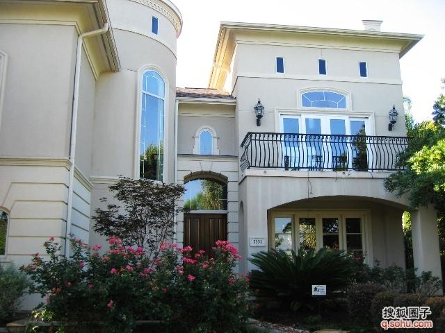 房子庭院图片 房子庭院图库 装修房子的设计图 装修房子样