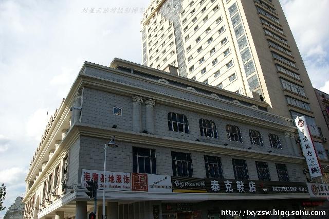 汇集欧式风情建筑哈尔滨中央大街实拍